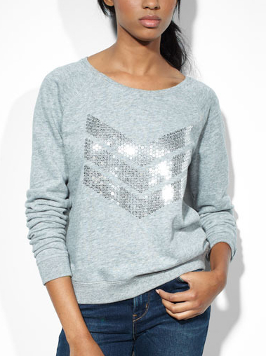 Sequin-Chevron-Fleece-45-Levi