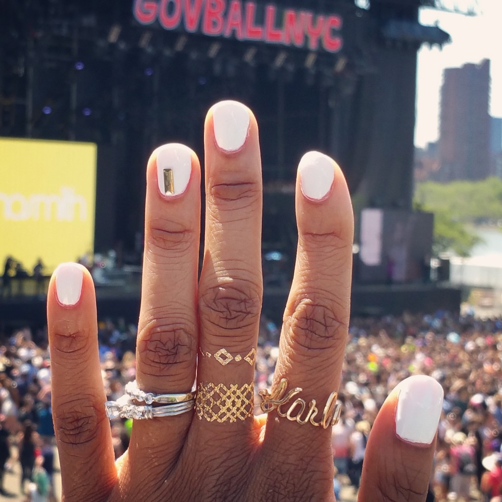 I got a cool manicure to match my temp body jewelry tattoos while enjoying the festival.