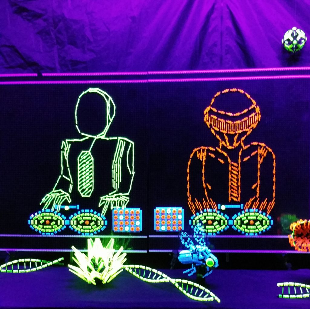 brick-fest-glow-in-the-dark